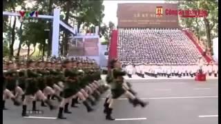 Diễu binh chào mừng Ngày Giải phóng đất nước 30-4