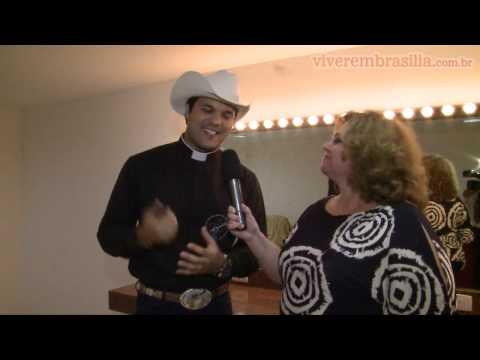 Baixar Show do Padre Alessandro Campos, o padre sertanejo
