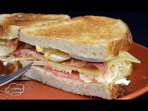 Sándwich de pollo y beicon. SÁNDWICH FÁCIL Y MUY RICO