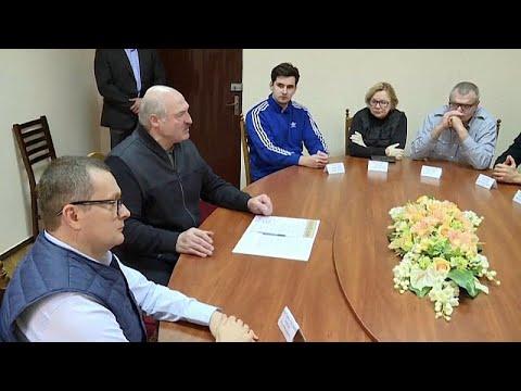 Pulso a Lukashenko: La oposición elabora una nueva Carta Magna