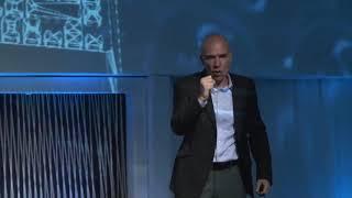 Dialethos Eventos - Alexandre Lacava na palestra Desafios e Estratégias na Conversão de Vendas