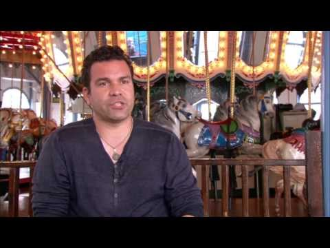Welcome to the Family: Ricardo Chavira On Set TV Interview ...