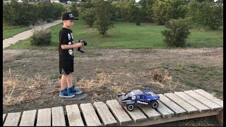 Traxxas Slash 4x4 unboxing and review
