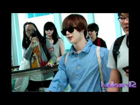 120608 SHINee Taemin@Immigration of Taiwan Taoyuan International Airport