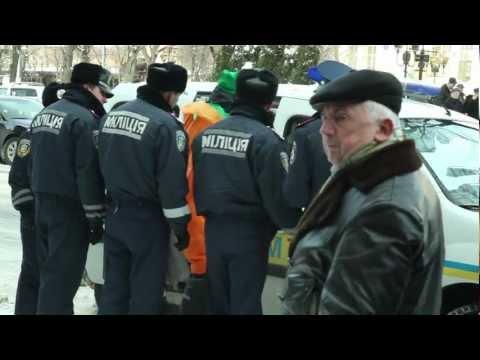 Арешт людини-моркви у Львові ...