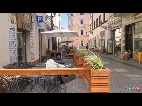 Ogródków letnich na starówce w Gliwicach wciąż przybywa