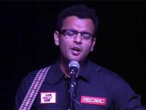IIM Indore's ULTA GUITARIST singing EK PYAR KA NAGMA HAI(Unplugged)-Rahul Bhardwaj