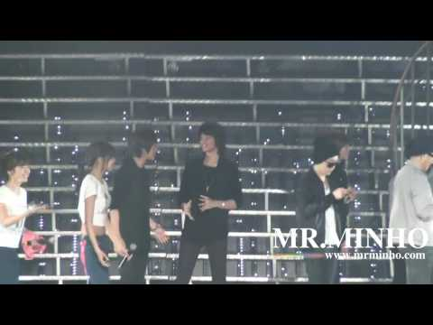 [MrMinho]100417 SNSD concert encore Jessica's birthday fancam (SHINee)