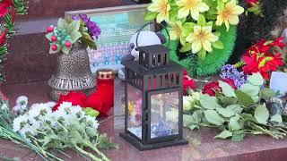 В Омске сегодня почтили память хоккейной команды «Локомотив», которая погибла в авиакатастрофе 7 сентября 2011 года