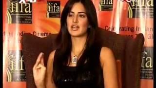 Katrina Kaif likes to be With Akshay Kumar