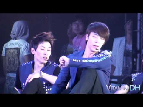120818 SMTOWN Sexy free & single Donghae ver 2 [VitaminDH]