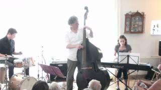 Bekijk video 1 van Philip Baumgarten Trio op YouTube
