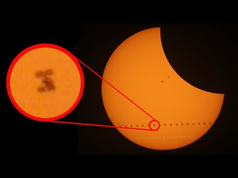 Space Station Transiting 2017 ECLIPSE,  My Brain Stopped Working - Smarter Every Day 175