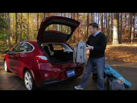 2017 Chevrolet Cruze | Real World Review | Autotrader