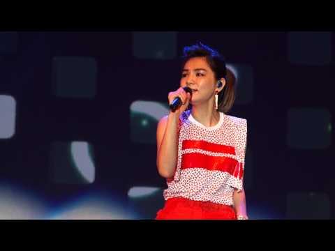 S.H.E - 熱帶雨林 (Private Concert Performance Live Singapore)