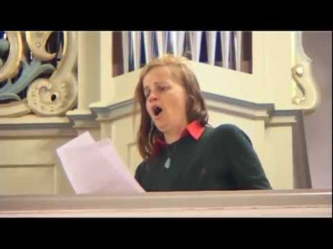 Ave Maria by Franz Schubert - Amadea Leonore (Contralto)