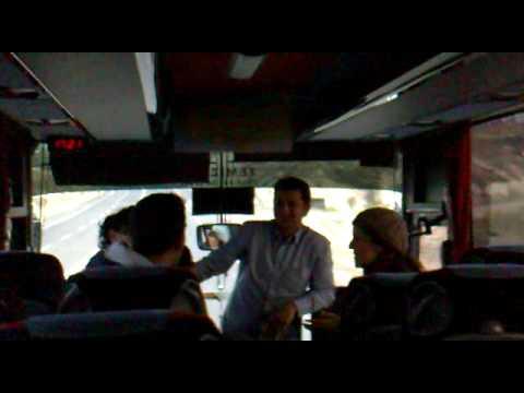 jacobo cantando sevillanas en bus Turquia 2010