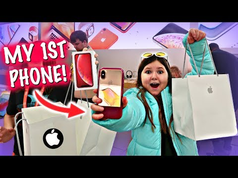 NO BUDGET AT THE APPLE STORE BUYING IPHONES!
