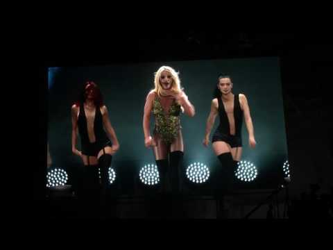 Britney Spears Live in Taiwan taipei womanizer break the ice piece of me