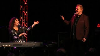 "Melissa Manchester brings fan Johnny Schaefer onstage to sing ""Whenever I Call You Friend"""