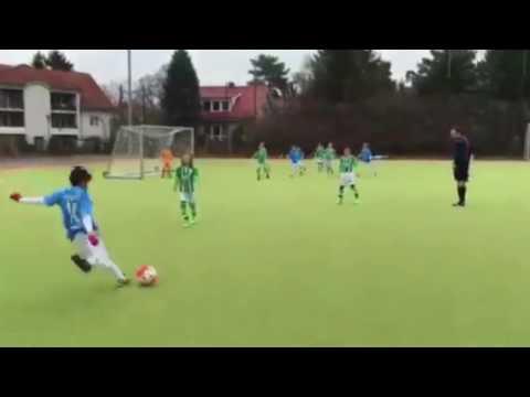 Traumfreistoß von Emre (FC Viktoria 1889 Berlin, U10 E-Junioren) | SPREEKICK.TV