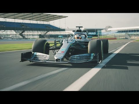 2019 Mercedes F1 Car in Action: W10 Takes to the Track!