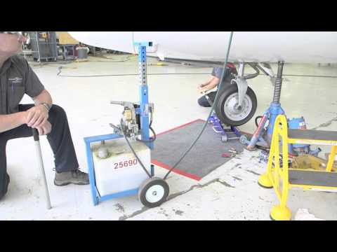 Nose Strut Servicing Citation Model 560