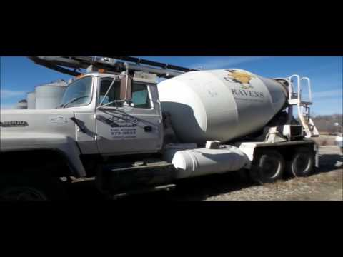 1993 Ford L8000 ready mix truck with concrete conveyor attachment | auction March 2, 2017