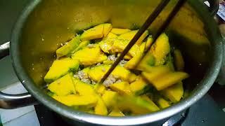 NẤU CANH BÍ ĐỎ THỊT BẦM | Vietnamese food