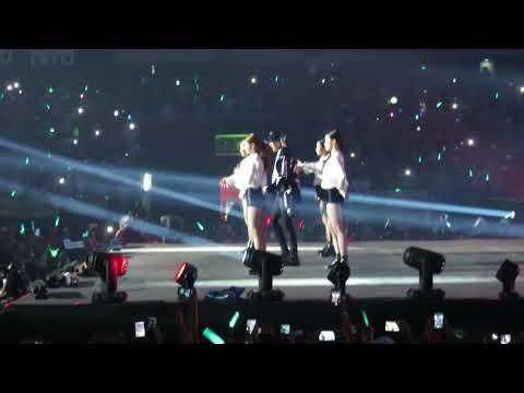 180323 Taemin  태민 - Danger 괴도 (FanCam Music Bank in Chile)