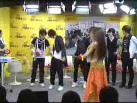 Super Junior M (China) - Sina Interview, Belly Dancing Clip