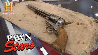 Pawn Stars: INFAMOUS WILD WEST REVOLVER Killed Jessie James *$250,000 PRICE!* (Season 8)   History