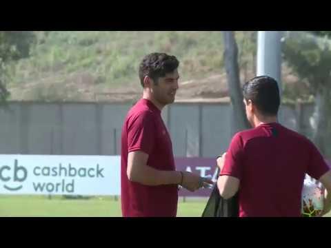 VIDEO - Pressing e possesso palla: Fonseca guida la Roma nell'allenamento