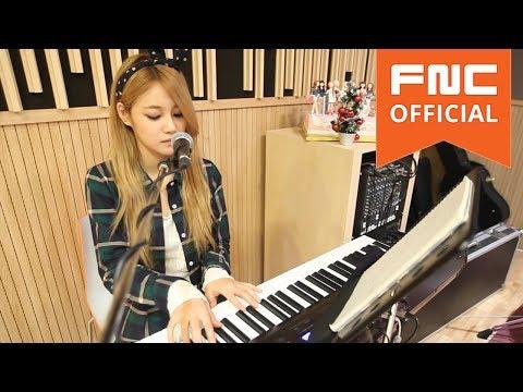 Angels' Cam #18 : AOA YUNA's Christmas present
