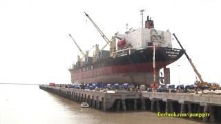 Nhà máy sửa chữa tầu biển lớn nhất Đông Nam Á lần đầu tiên đón tàu biển vào sửa chữa.