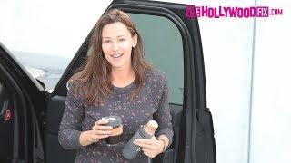 Jennifer Garner Is Asked About Her Neighbor Kate Hudson's Pregnancy During Her Morning Errands