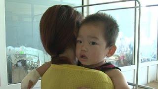 Cháu bé 2 tuổi bị tai nạn cầu thang cuốn tại siêu thị Co.opmart