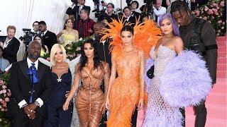 Los extravagantes looks de Kim Kardashian Kylie Jenner y Kendall Jenner para la Met Gala 2019
