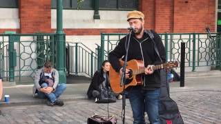 Damien Rice, Delicate (cover by Rob Falsini) - busking in the streets of London, UK