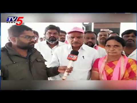 Vinayak Nagar TRS Candidate Pushpalatha Reddy Election Campaign | GHMC Elections | TV5 News