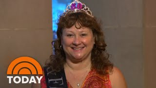 'You Look Amazing!': Two Ladies Receive Beautiful Ambush Makeovers | TODAY