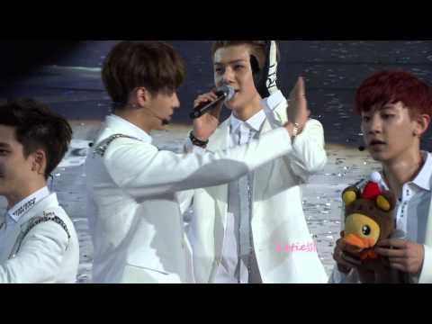 [fancam] 140511 Sehun Luhan Ending @EXO Shanghai Showcase (HUNHAN focus)