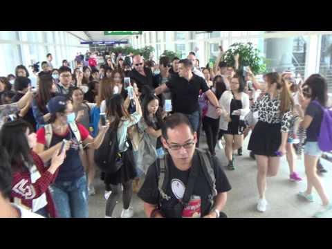 東方神起TVXQ(동방신기) - 沈昌珉Max Changmin(심창민) Arrived Hong Kong Airport 20151022