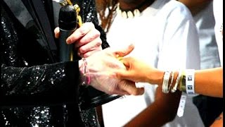 Michael Jackson 's handshake - La stretta di mano di Michael Jackson