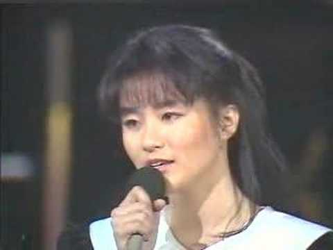 Lee Ji yeon - 그 이유가 내겐 아픔이였네 ('88 Live)