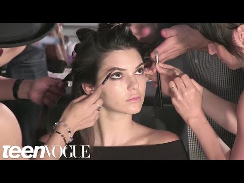 Watch How Kendall Jenner And Karlie Kloss Get Ready Backstage At Fashion Week
