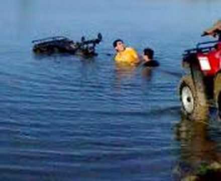 atv swimming in rgv mud pit