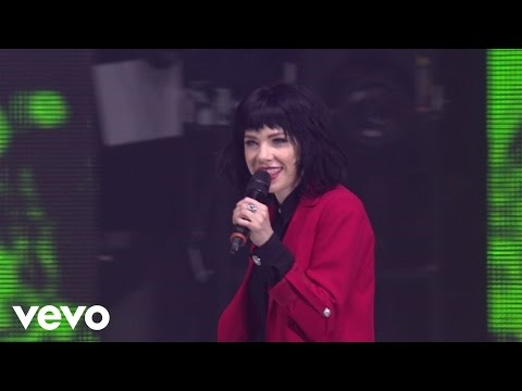 Carly Rae Jepsen - Call Me Maybe (O2 Arena/London)