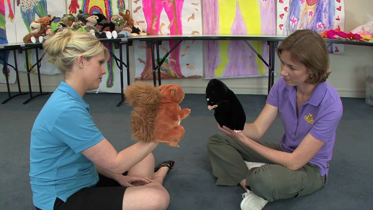 Using Puppets in Child Care