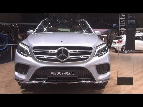 @MercedesBenz GLE 500 e #4MATIC SUV (2017) Exterior and Interior in 3D